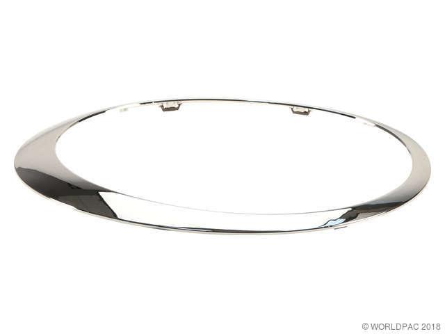 APA/URO Parts Headlight Rim